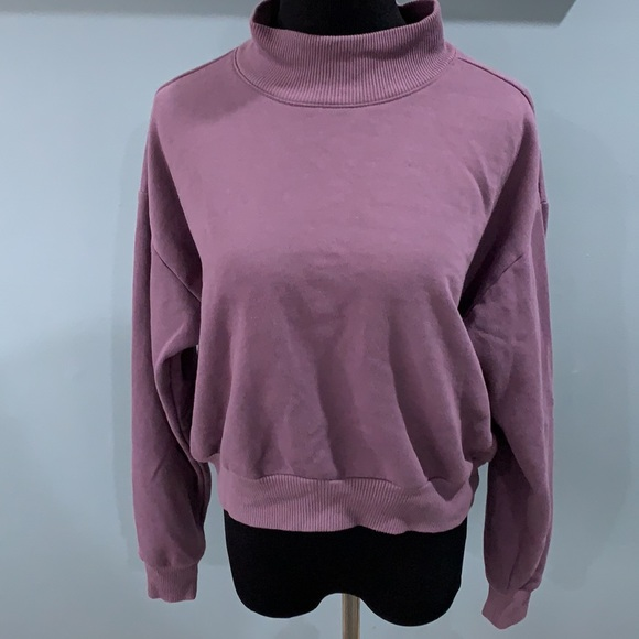 Wild fable purple mock neck sweatshirt sz L